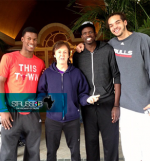 luol-deng-with-paul-mccartney-and-teammates